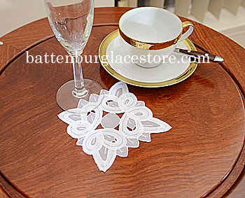 Doilies Organza Square.4 in.Christina Butteflies.White (12 pcs)
