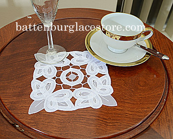 Doilies Organza Square.6 in.Christina Butterflies.White (12pcs)