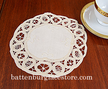 "Round Doily. Battenburg Lace. 8"". Mother of Pearl color.6 pieces"