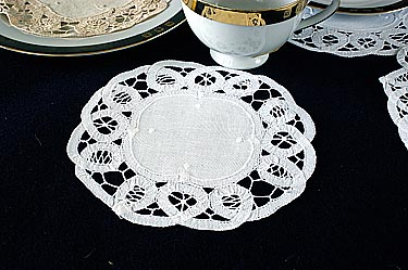 "6"" Round Doily. Battenburg Lace. White color. 12 pieces pack"