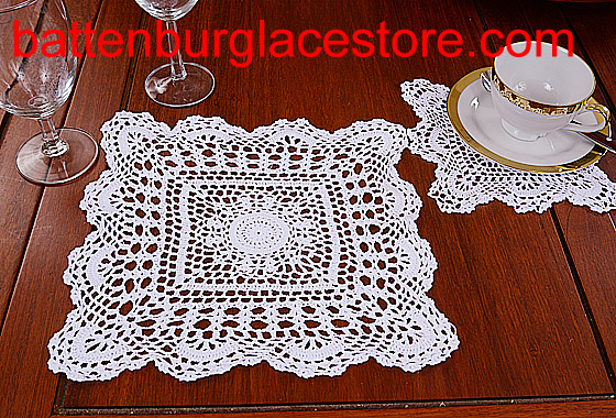 Square Crochet.Sun Flowers. 12 in. White (2 pcs set)
