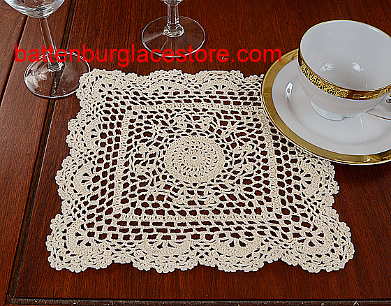 Square crochet. Sun Flowers. 10 in. Ecru color (4 pcs set)
