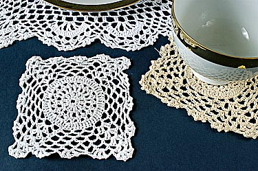Square crochet. Sun Flower Style 4 in.WHITE. (12 pcs)