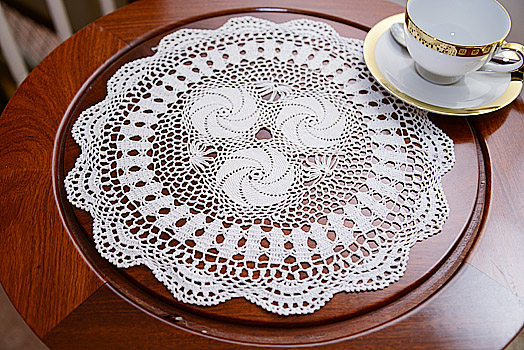 Round doilies. Southern Heart Design White.13in Round. Each.