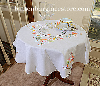 Tablecloth Round Topper.34 inches. Spring Flowers. White.