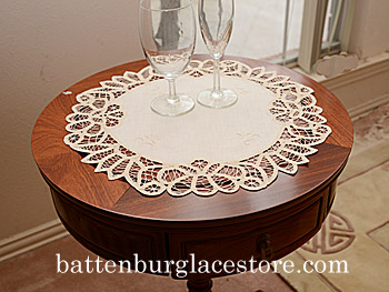 "16"" Round Battenburg Placemat Topper. Mother of Pearl color.2pcs"