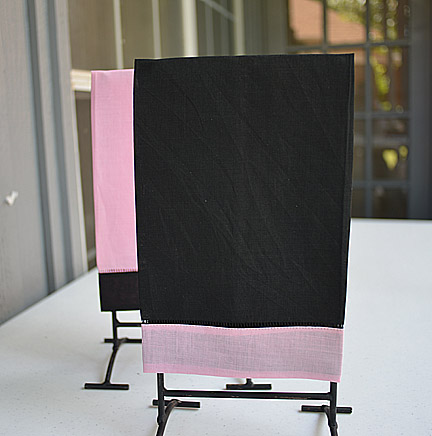 Hand Towel Festive Multi Colored Black & Pink color