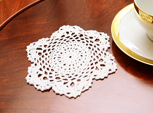 "Crochet Round Doilies. 6"" Round. White color. (12 pieces pack)"