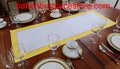 Table runner.White with Lemon Chrome. 16x45