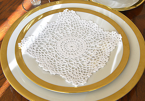 "Square Crochet Doilies. 8""square. White color. 6 pieces pack."